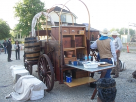 2013-12-31-chuck-wagon