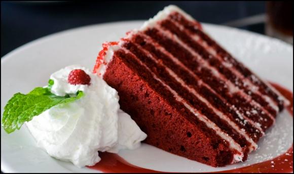 2014-10-8-red-velvet-cake