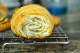 croissants-plain