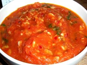 fresh-tomato-sauce-closeup