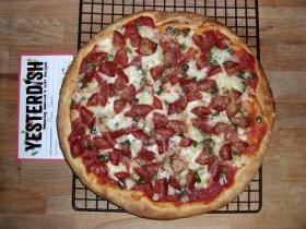 pizza-sauce-overhead