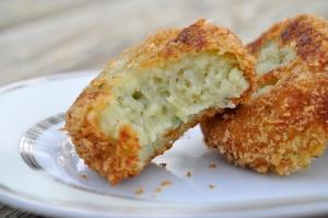 potatopuffs-bite-close